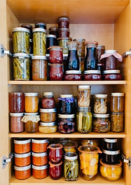 10 Ways To Squeeze A Little Extra Storage Out Of A Small Pantry | Apartment  Therapy