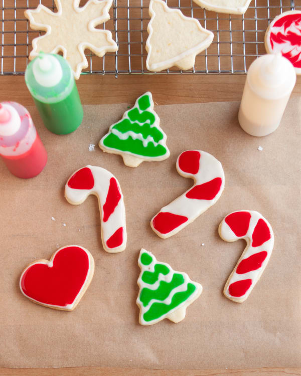 how to decorate cookies with icing the easiest simplest method - Christmas Cookies Decorating Ideas Youtube