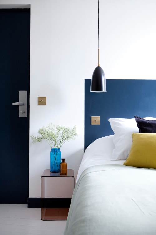 Alternative Headboard Ideas for the Bedroom | Apartment Therapy on interior decorating for bedrooms, diy projects for bedrooms, interior design ideas for bedrooms, cheap storage ideas for bedrooms, cheap desks for bedrooms, flooring for bedrooms, small spaces for bedrooms, cheap furniture for bedrooms, cottage style decorating for bedrooms, cheap diy for bedrooms, window treatment ideas for bedrooms, feng shui for bedrooms, color ideas for bedrooms, room divider ideas for bedrooms, organization for bedrooms, cheap artwork for bedrooms, christmas decorating for bedrooms,