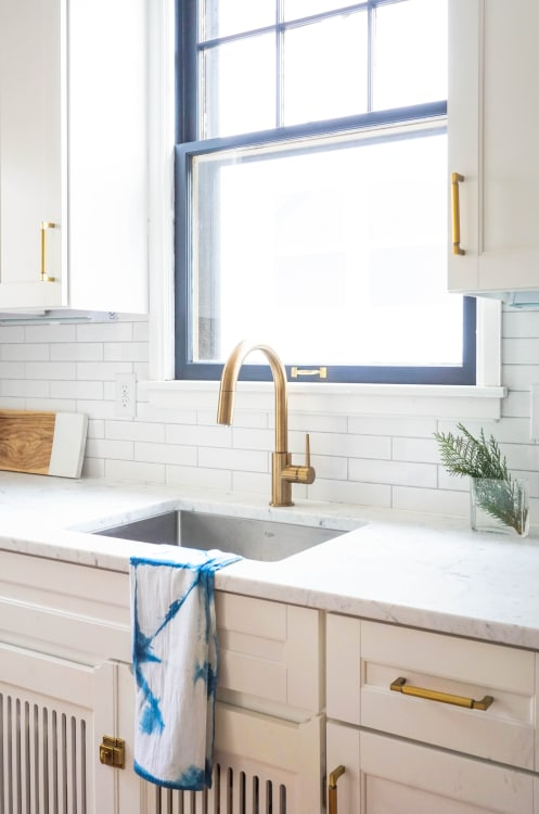 Kitchen Sink Window Decorating Ideas Apartment Therapy