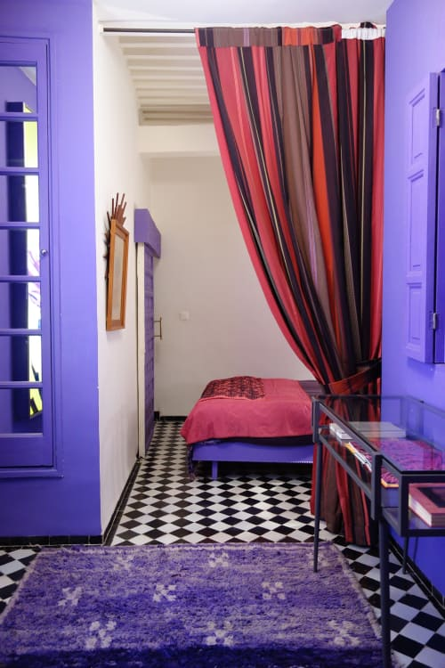unusual color combo red and purple interiors apartment therapy
