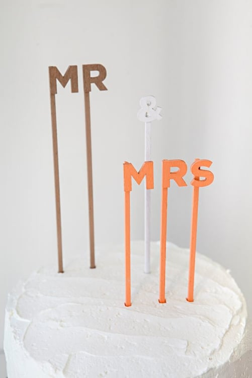20 Simple Chic DIY Wedding And Party Cake Toppers