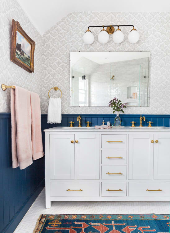 Double Vanity Pros Cons Two Bathroom Sinks Versus One Apartment
