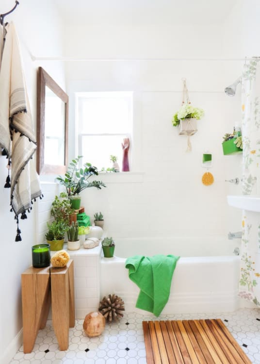 Create a Spa Bathroom: 11 Wooden Bath Mats   Apartment Therapy