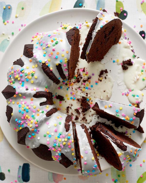 Milk Chocolate Bundt Cake With Vanilla Glaze Kitchn