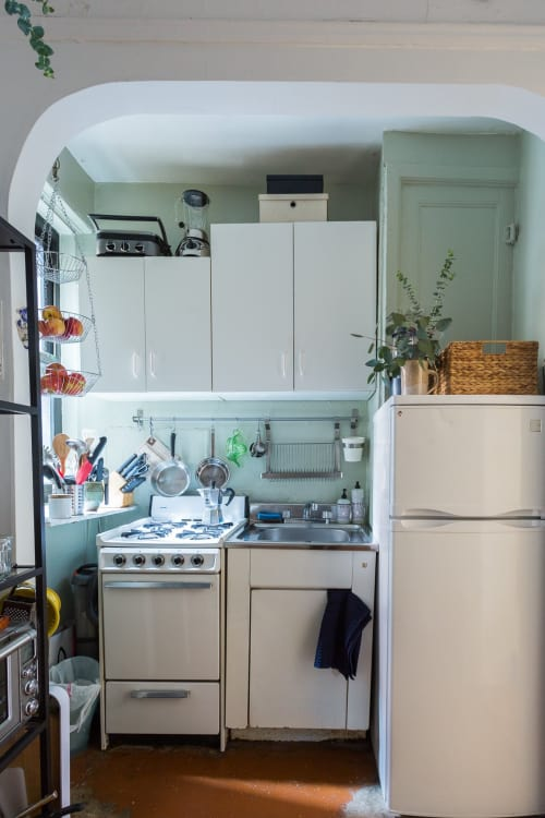 10 genius tips for cooking in a tiny kitchen kitchn - Tiny Kitchen