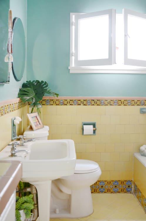 Small Bathroom Design Storage Ideas Apartment Therapy
