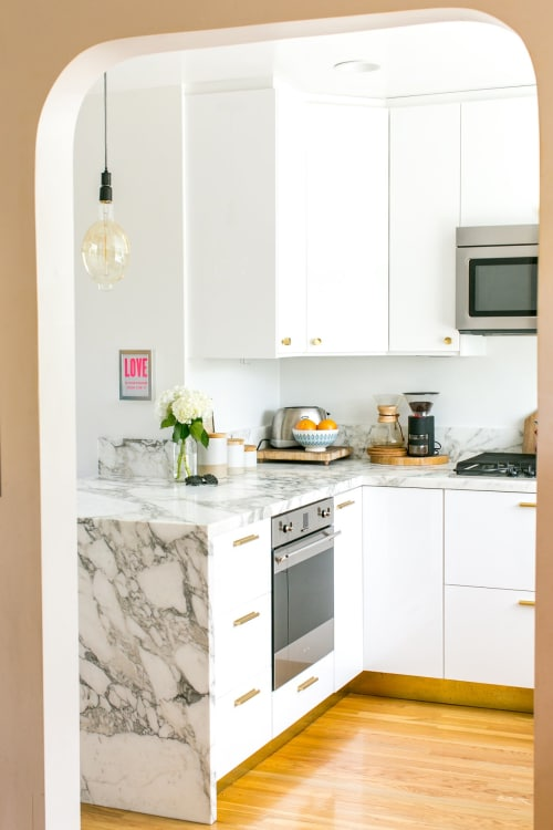 White Countertops Options - Quartz, Granite, Marble, Concrete ... on white laminate, white bathroom fixtures, white garages, white floors, white flooring, white lighting, white faucets, white baseboards, white tubs, white tile, white millwork, white lumber, white concrete, white gutters,