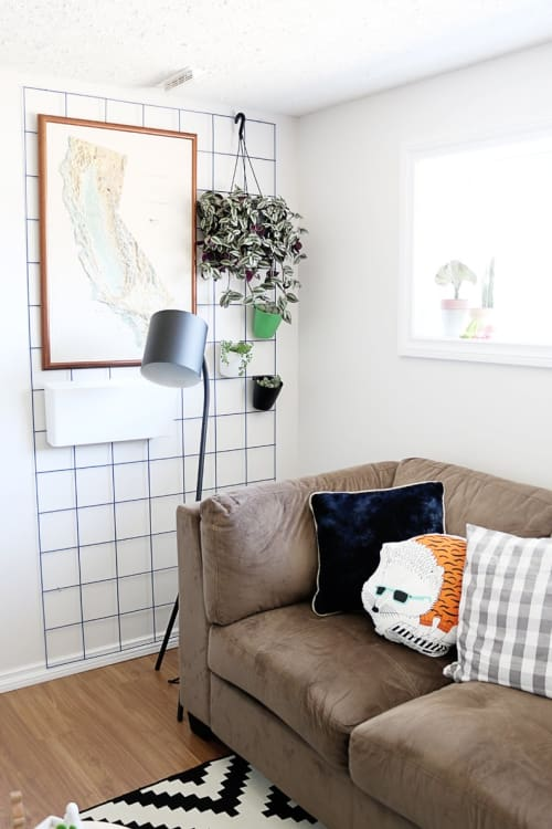 no nails needed wall decor ideas for renters apartment therapy