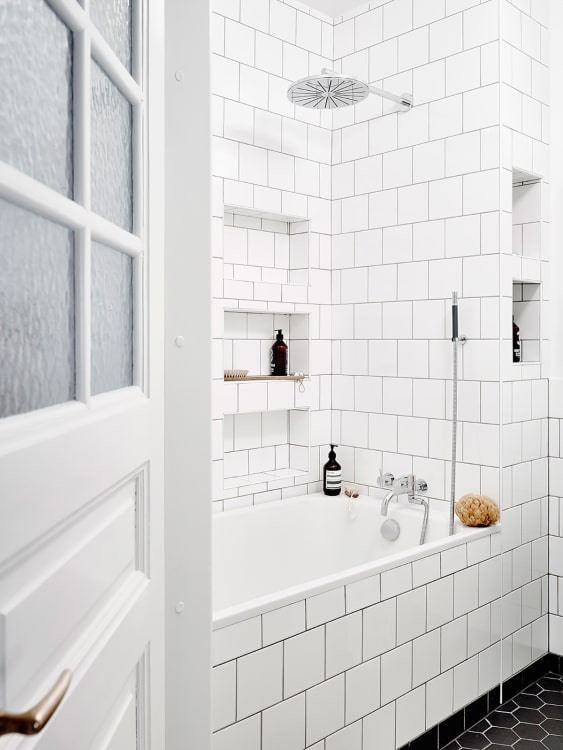 White Square Tiles A Great Alternative To Subway Tile Apartment
