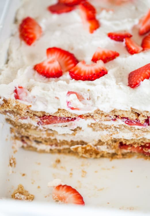 How To Make An Icebox Cake With Graham Crackers Whipped Cream Kitchn