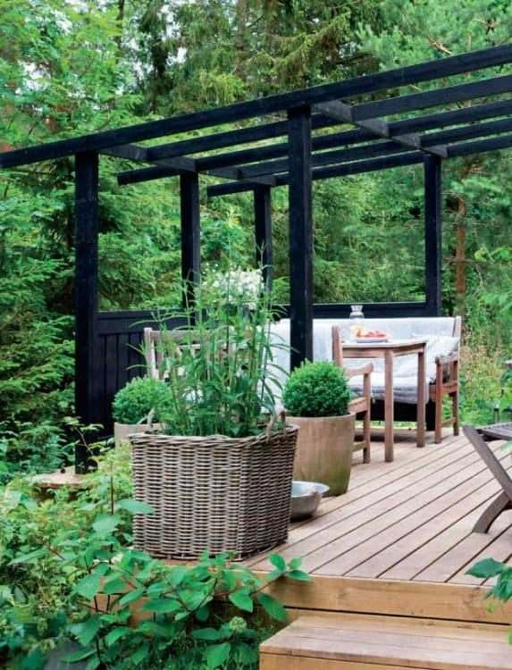 Backyard Ideas to Create a Chic Sophisticated Outdoor Space | Apartment  Therapy - Backyard Ideas To Create A Chic Sophisticated Outdoor Space