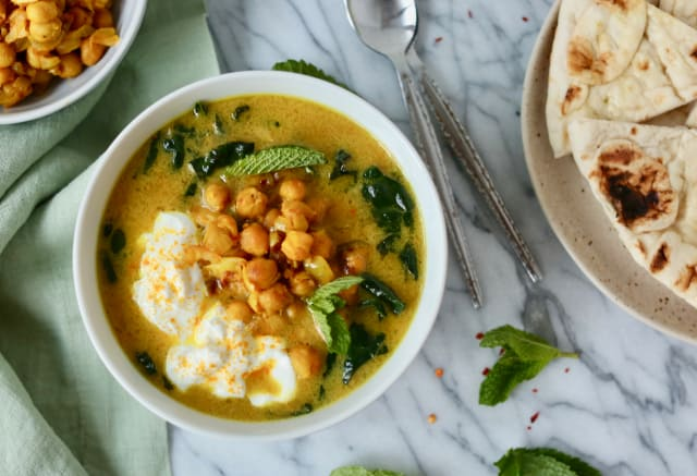 I Made Alison Roman's Viral Chickpea Stew Recipe (or Is It Soup?) — Kitchn Tries