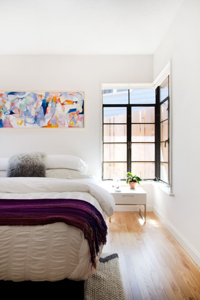 12 Decorating Ideas for Tricky Room Corners   Apartment ...