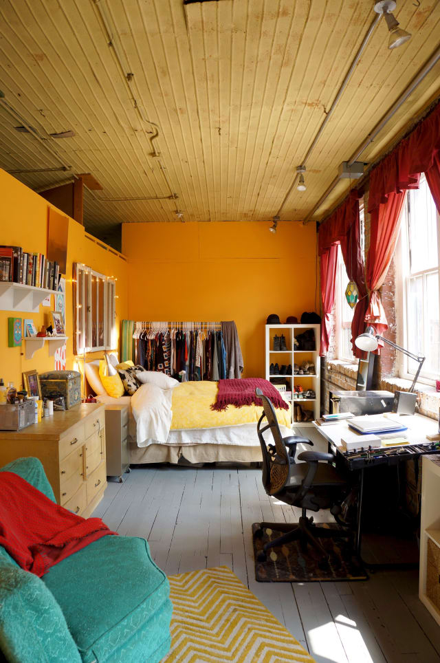 Plant City Auto Salvage >> House Tour: An Artistic Loft for Three in Chicago ...