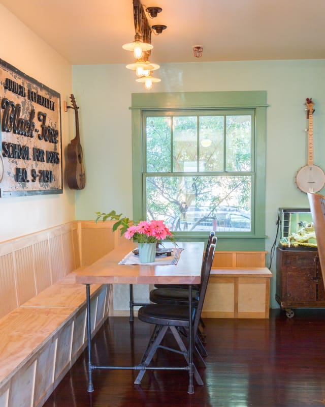 Craigslist Apartments Ws: House Tour: A House Full Of Reclaimed & Unusual Objects