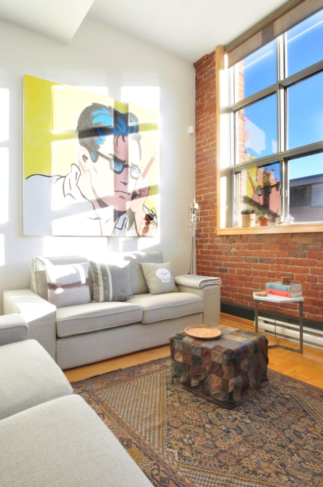 Julien S Industrial Condo In Montreal Apartment Therapy