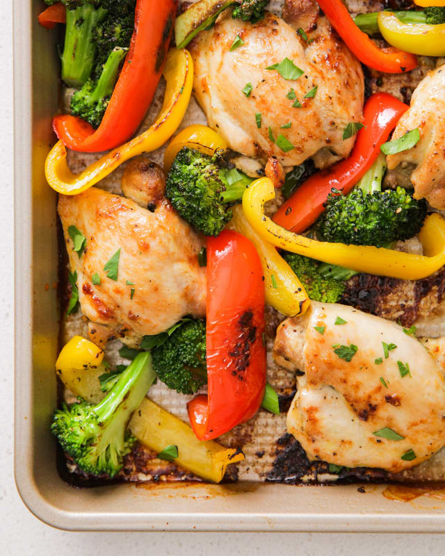 Recipe: 5-Ingredient Whole30 Sheet Pan Chicken