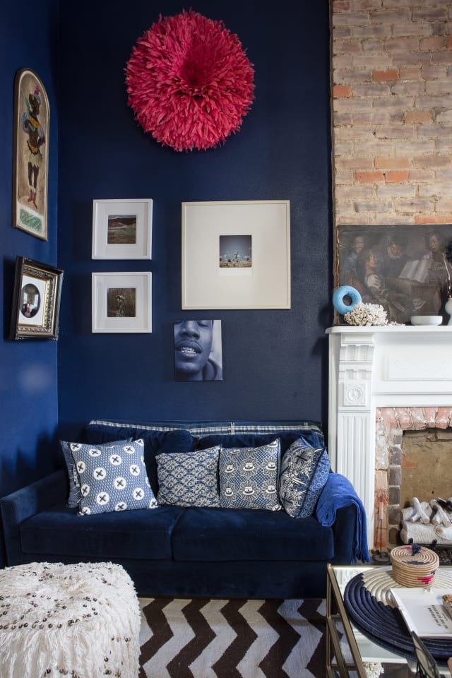 A Dozen Beautiful Living Rooms With Dark Walls Apartment
