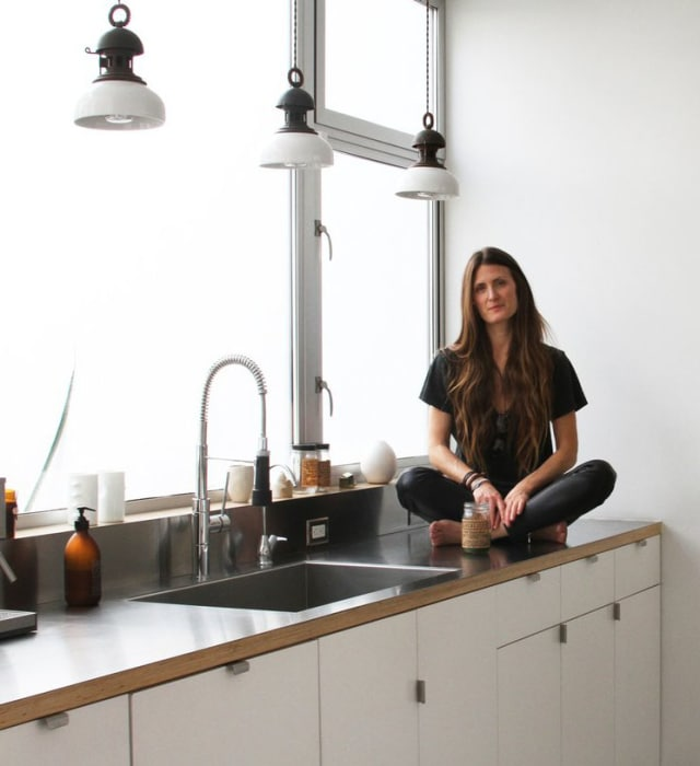 House Tour: A Modern Loft In Venice, California