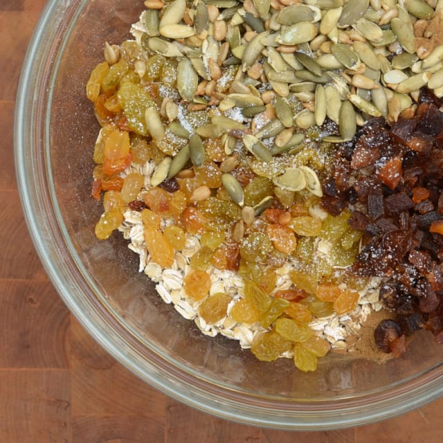 Apricot Pit Apartments: Recipe: Cakey, Oaty Energy Bars Packed With Fruits & Seeds