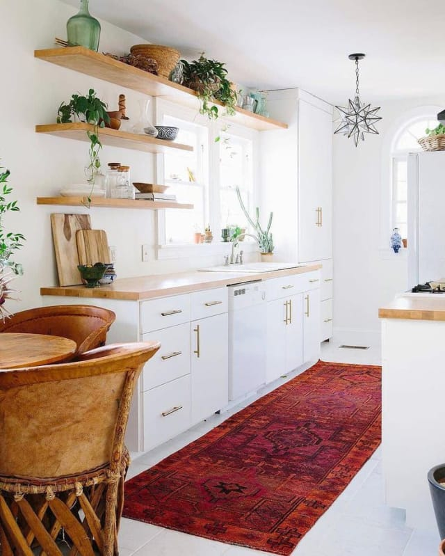 Small Apartment Kitchens: Pictures, Tips, Solutions