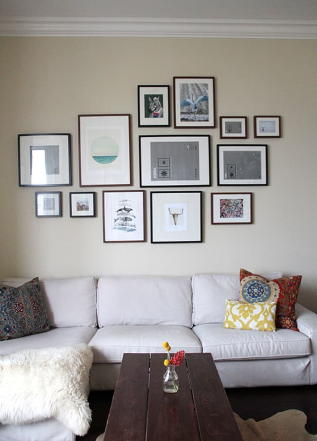 How To Decorate Blank Walls On The Cheap