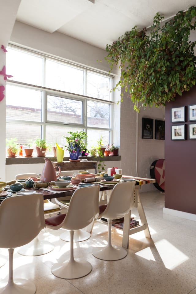 House Tour A Retro Loft In Toronto Apartment Therapy