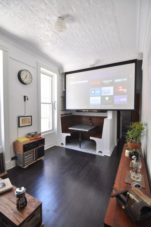 6 Reasons To Choose A Projector Instead Of A TV