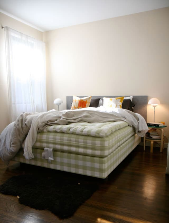 Your Organic Bedroom: Can't Sleep? 5 Reasons Why Your Bedroom Is Keeping You