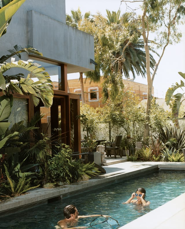 California Small Houses With Pools: 20 Of The Dreamiest Backyard Pools You'll Ever See