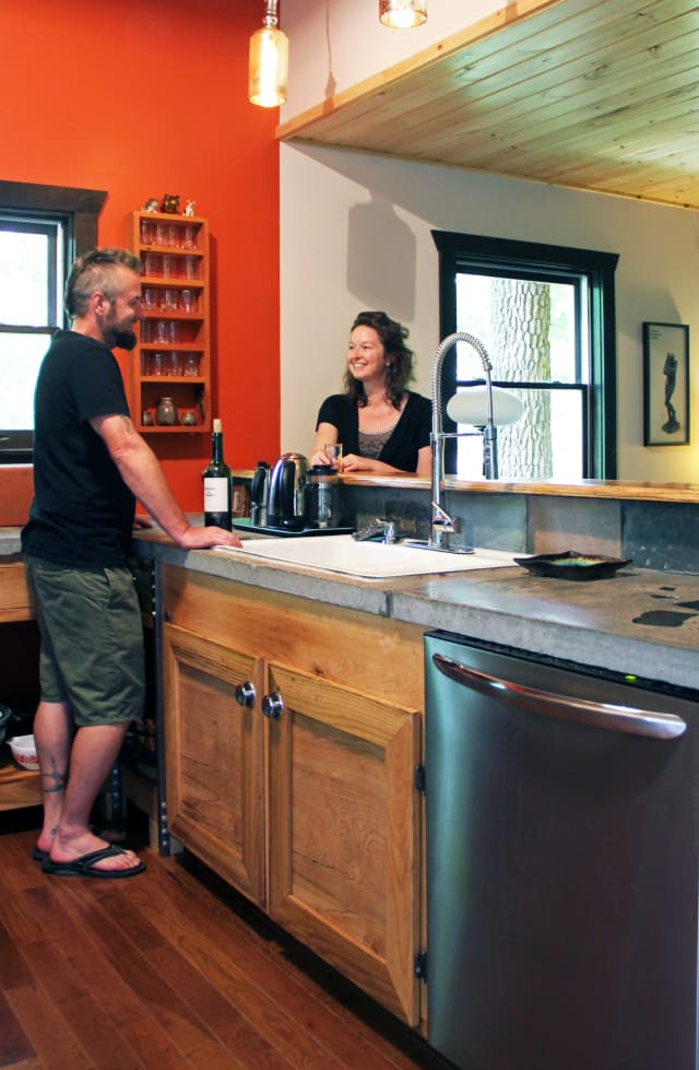 Lake Erie Auto Credit >> House Tour: A Warm, Handcrafted House in the Woods   Apartment Therapy