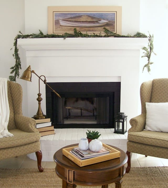 Peartree Apartments: DIY Fake Fireplace Facades + Faux Mantel Makeovers