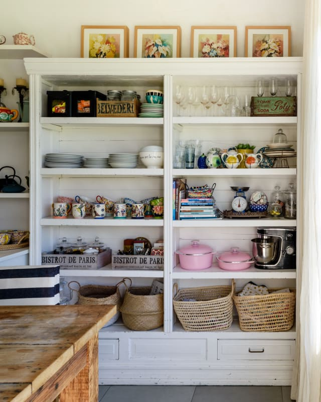 Apartment Therapy Kitchen Shelves: Open Shelving & An Open Layout In A Gorgeous Buenos Aires