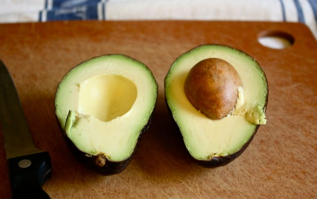 Here's Why Avocados Might Not Actually Be Vegan-Friendly — Food News