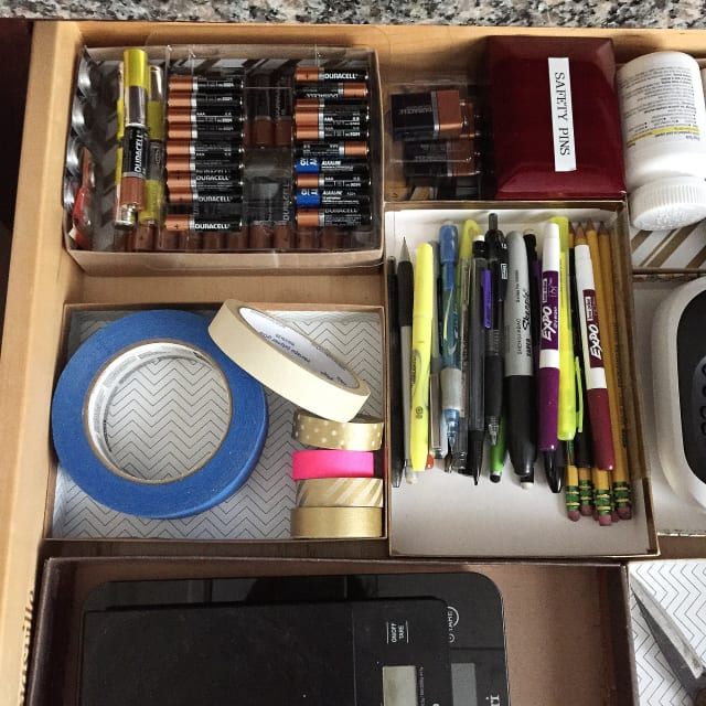 Organization Ideas For Junk Drawers: Junk Drawer Organizing Tips