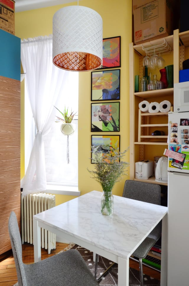 House Tour A Comfy Colorful Mix In 330 Square Feet