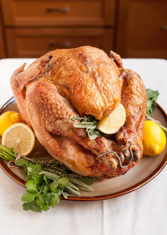 How To Thaw A Turkey How Long To Defrost A Turkey Kitchn