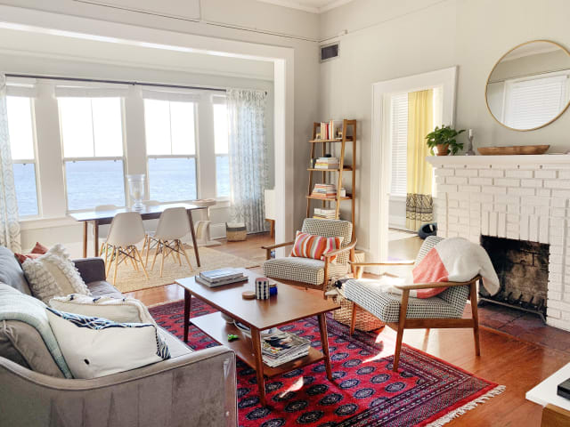This Apartment's Views Feels Like Living on a House Boat