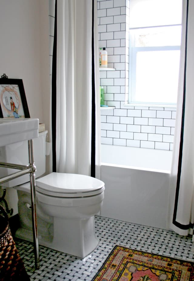 8 Stylish Solutions For Ugly Rental Bathrooms Apartment