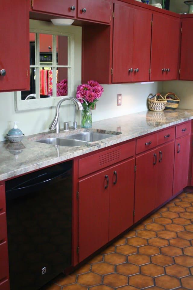 Annie Sloan Chalk Paint Kitchen Cabinet Color Ideas ...