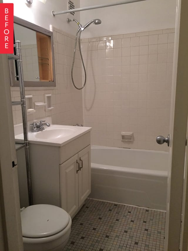 Bathroom Renovations Kingston Ontario: Before & After: Boring Beige Bathroom Gets A New Lease On