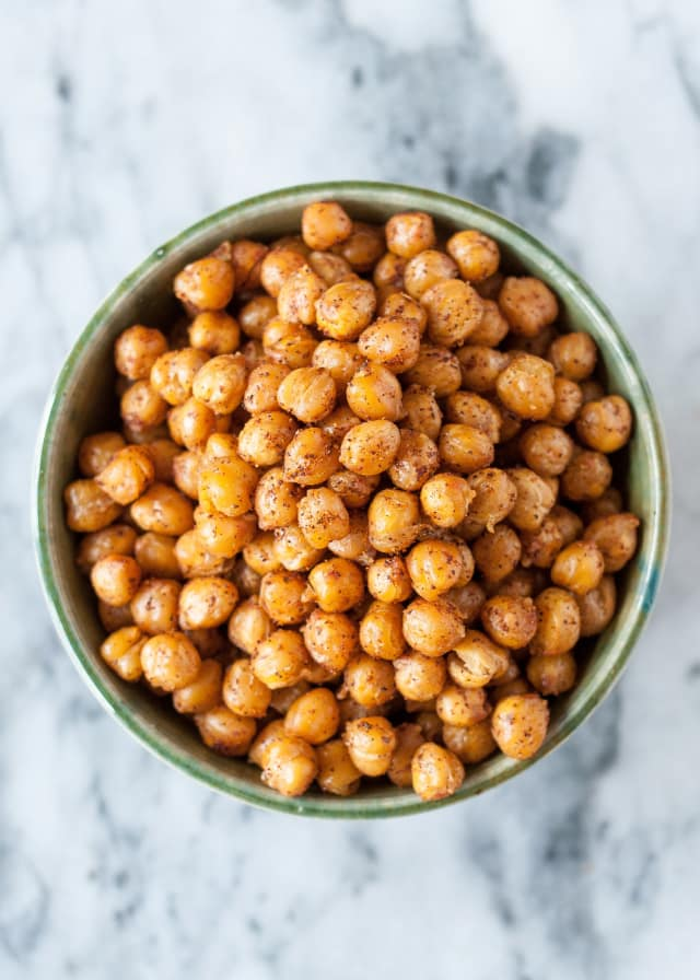Turn a Can of Chickpeas into a Crispy, Crunchy Snack