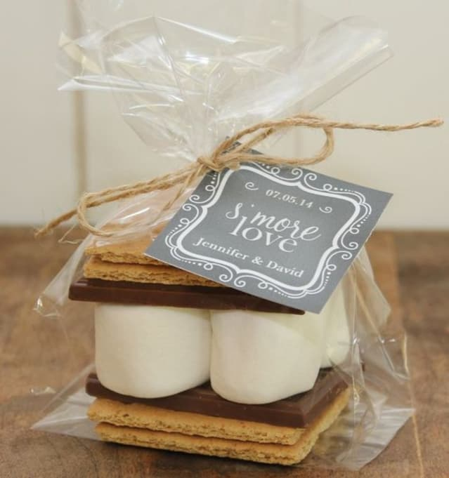Diy Wedding Gifts: 10 DIY Wedding Favors That Are Easy To Make