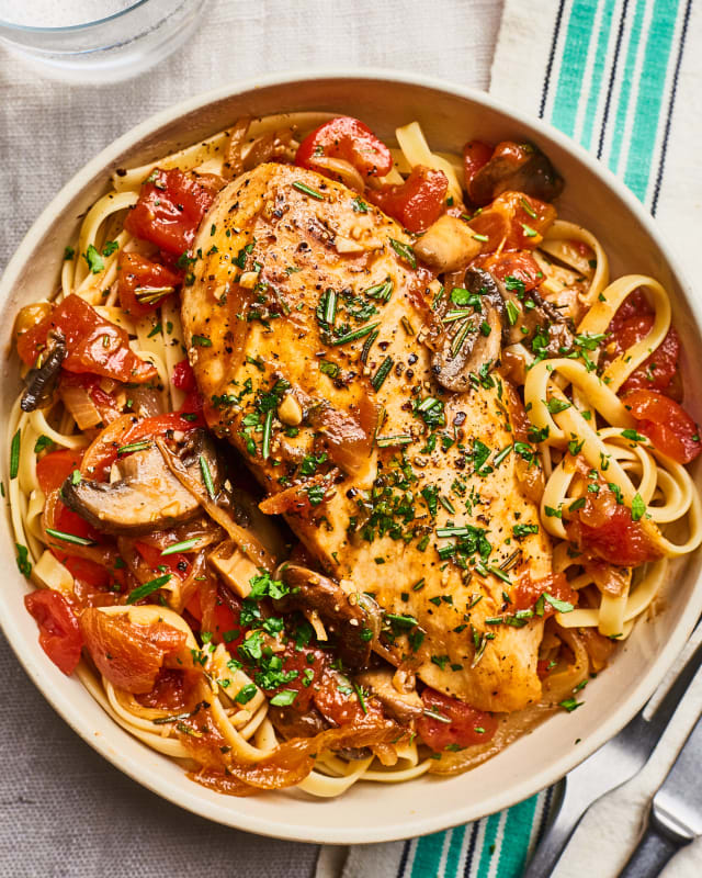 Recipe: Easy 30-Minute Chicken Cacciatore — Recipes from The Kitchn