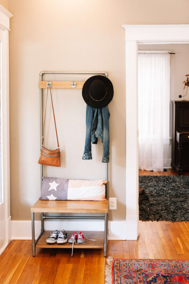 Apartment Therapy Foyer : Foyer organization tips ideas for small spaces