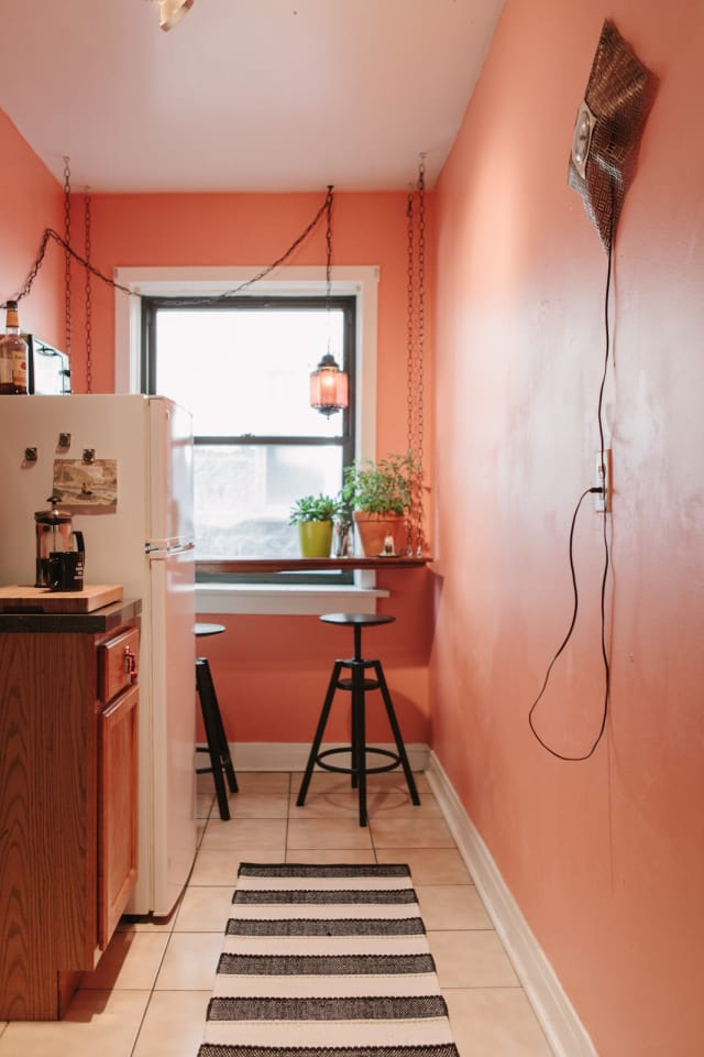 Auto Garage For Rent >> Chris's Cozy Chicago Hideaway | Apartment Therapy