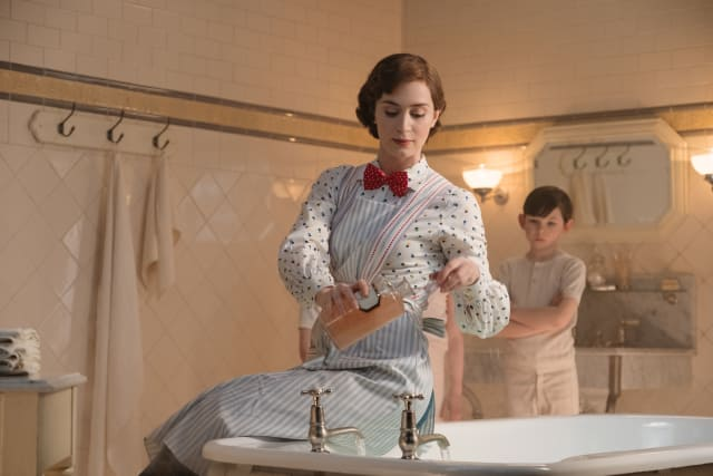 """Get the Look: The Magical Bathroom in """"Mary Poppins Returns"""""""