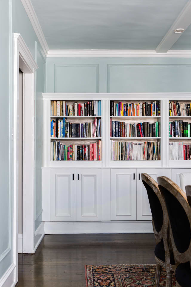Ikea Hack Faux Built In Bookcase Diy Apartment Therapy