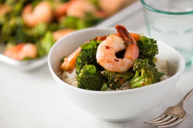 Recipe Sheet Pan Chili Garlic Shrimp And Broccoli Kitchn